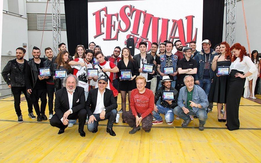 Espositori avvolgibili e striscioni PVC al Festival Show 2015